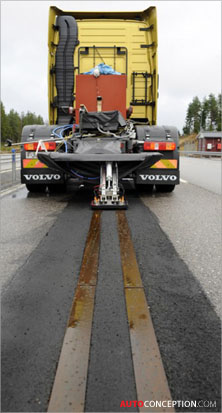 Volvo-research-vehicles-drawing-power-from-electric-roads-transportation-design-2