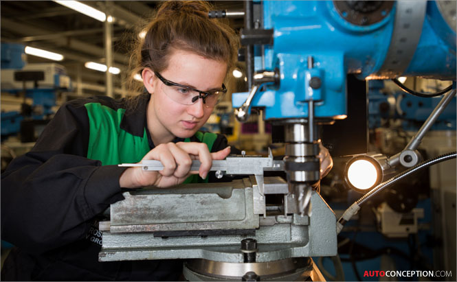 BMW-MINI-Apprenticeships-Application-UK-manufacturing