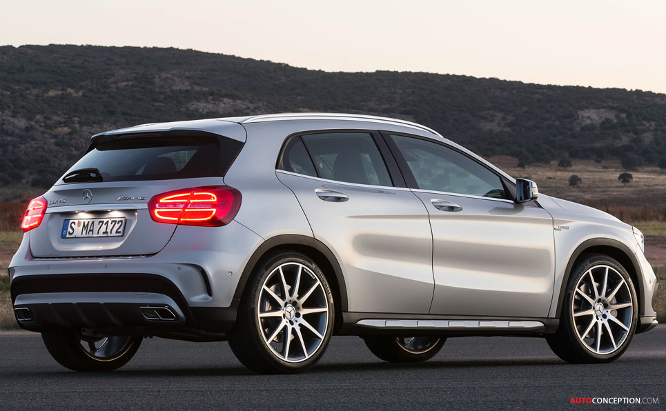 Mercedes-Benz GLA 45 AMG Revealed