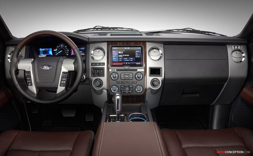 USA: Ford Reveals 2015 Expedition SUV