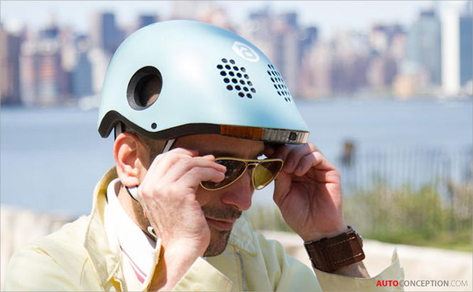 A Bike Helmet That Warns You If a Car Is Getting Too Close