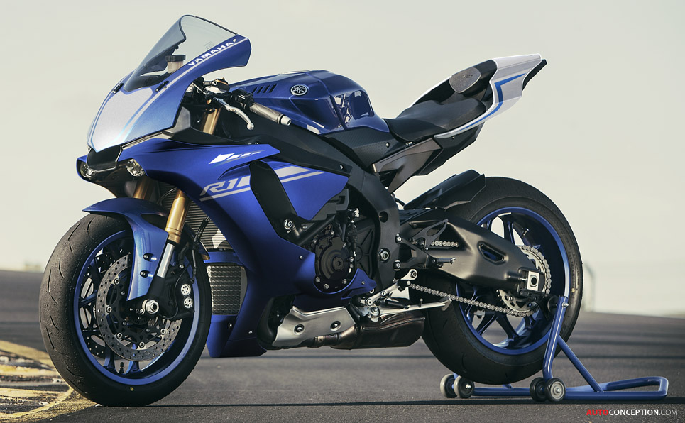 2017 yamaha yzf r1 wins design award