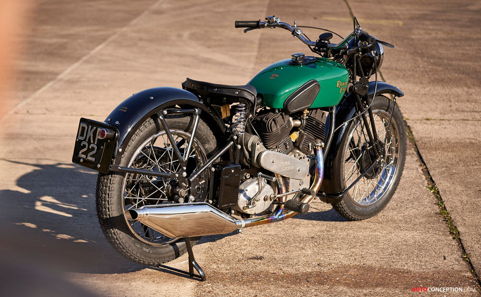 Royal Enfield 'Concept KX' Is a Homage to 1930s British Motorcycle Design