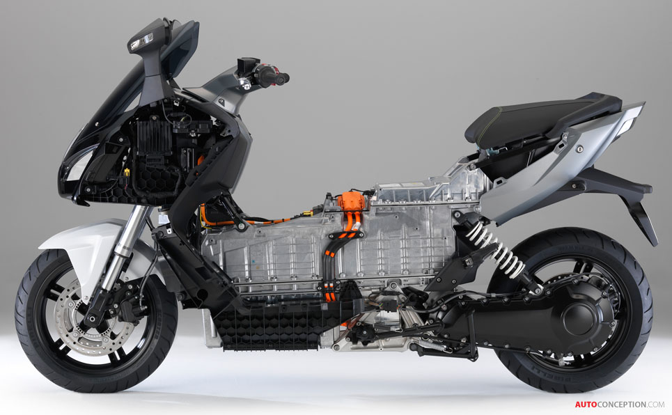 New All-Electric Motorcycle from BMW: The 'C Evolution'