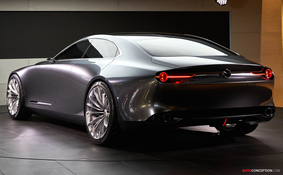 Mazda 'VISION COUPE' Concept Car Wows Crowds at Tokyo Motor Show