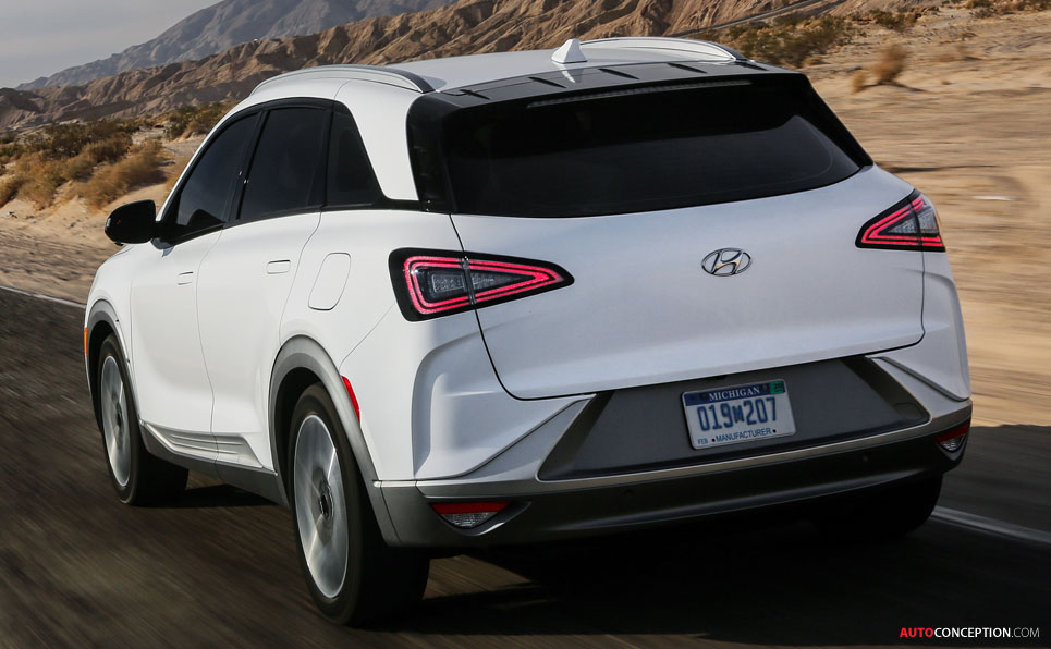 Hydrogen Fuel Cell-Powered Hyundai 'NEXO' SUV Revealed at CES